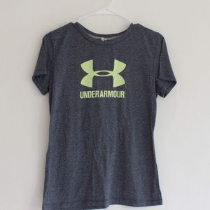 Women's Small Under Armour tee